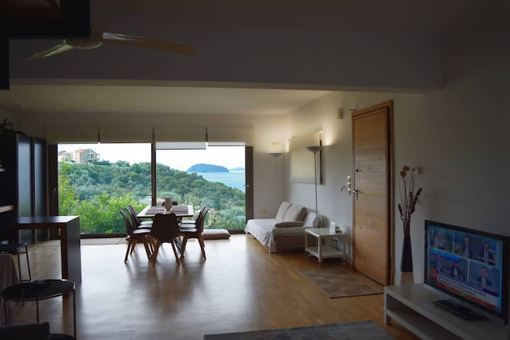 Feel the Sea Villa with a Breathtaking View