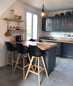 Maison cocooning à Lisle/Tarn-bastide XIII