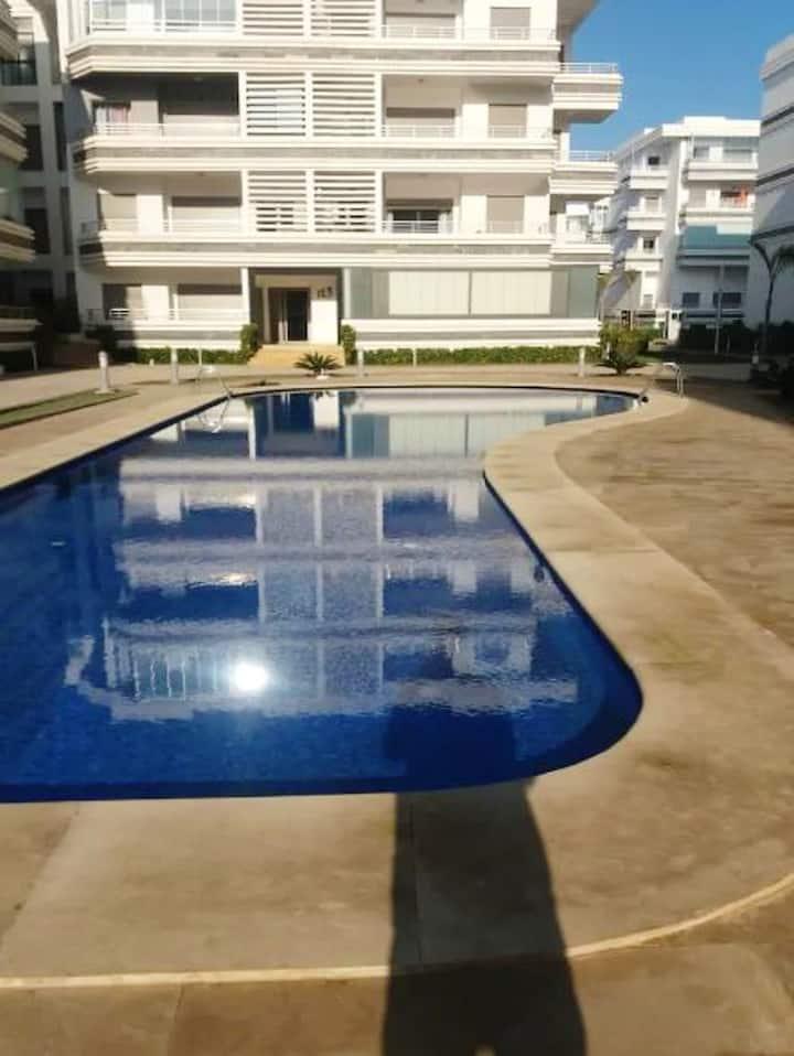 Apartamento de una habitación en El Mansouria, con magnificas vistas de la ciudad, piscina compartida, jardín cerrado