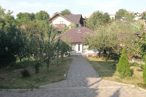 HOUSE Orchard