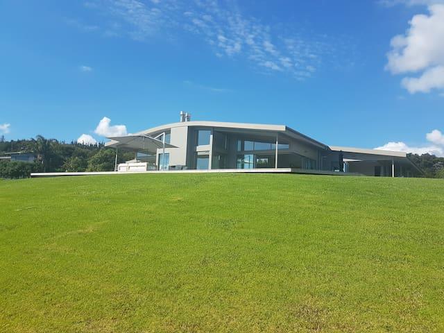 Whangapoua Luxury Haven - Private Retreat