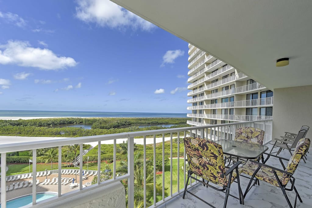 Sip your favorite beverages and enjoy the breathtaking views from the balcony!