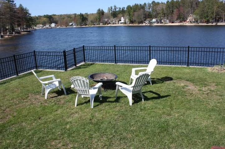 Charming waterfront cottage - Salem - Huis