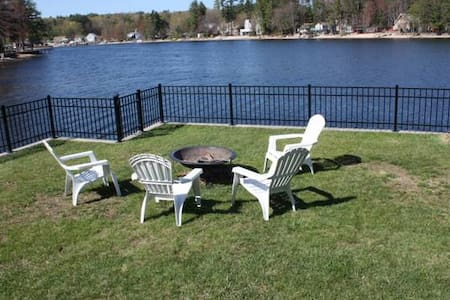 Charming waterfront cottage - Salem - Dom