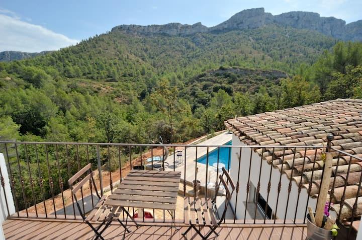 Villa AURIOL, Aix en Provence, Marseille, Cassis
