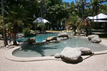 Nautilus BnB Luxury Resort Villa - Port Douglas - Lakás