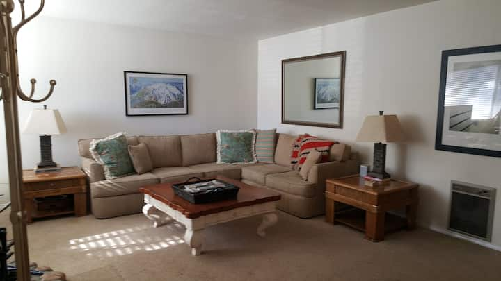 Mammoth Lakes Sierra Manors # 120