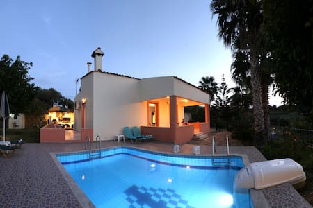 Villa Elena *CRETE* *Private Pool* 2bdrms *WiFi* - Skaleta - Villa