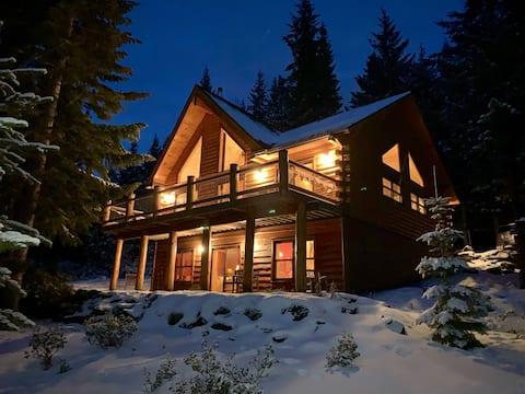 Luxury Log Cabin nr Crescent Lake & Crater Lake