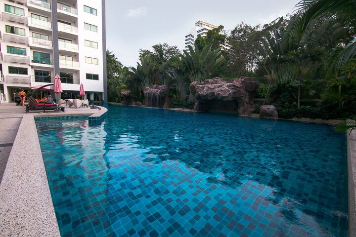 Club Royal Pool View 1-Bedroom Apartment