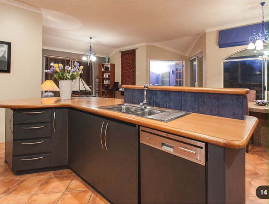kitchen island perth houses for rent in reef western 13515
