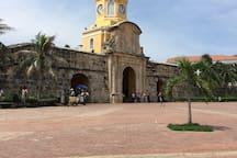 Torre del Reloj, centro histórico a 500mts del hostel