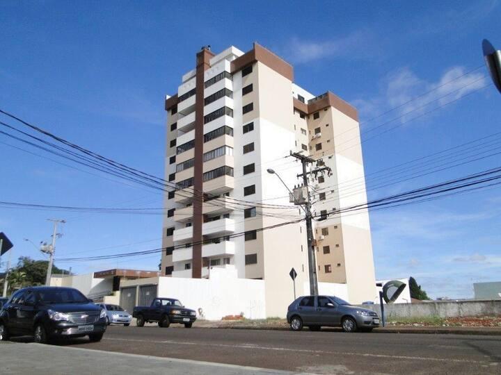 Quarto Solteiro Centro a Duas Quadras Av Brasil