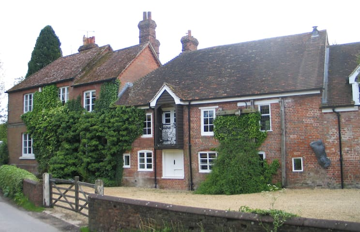 Mill House - Grainstore - Shalbourne - House