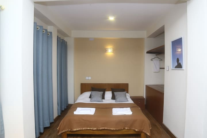 Patan Durbar Square - One Bedroom Apt.withKitchen