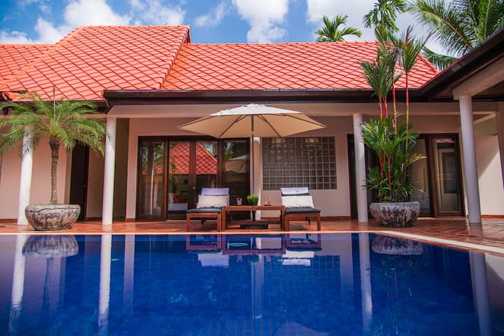 Private Home with pool - 149 House B by VRM