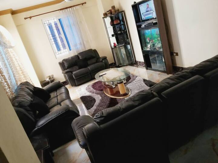 Well furnished 3bedroom apartments near the beach