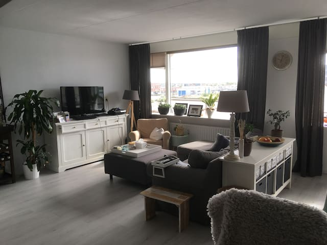 Spacious 2 bedroom apartment in Haarlem