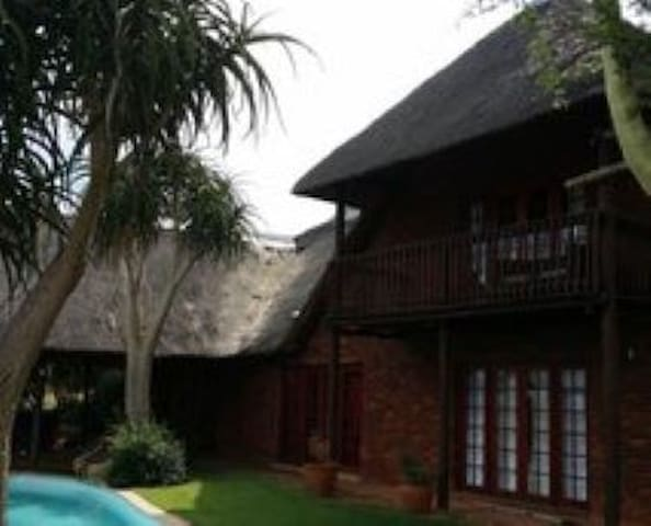 Magaliesburg Mountain Lodge