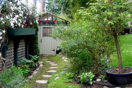 CHEZ JOHN ~ QUIET & PRIVATE NEAR FORT WORDEN/BEACH - 湯森港(Port Townsend) - 其它