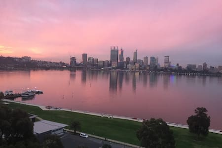 The Best Panoramic View in PERTH! - South Perth