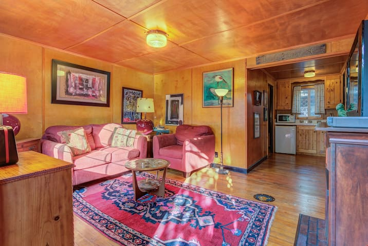 Anchor Inn Cottage 2 - Compact Retro Sweetness in This Wood-lined Cabin, Part of the Historic Anchor Inn in Lincoln City!