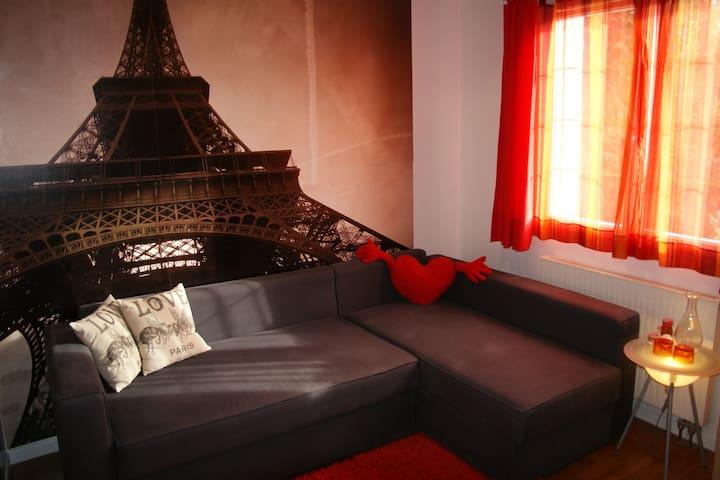 Chambre proche Disney et Paris + Piscine en été