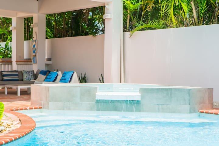 Dorado Villa+Apartment / Private Pool&Beach Access