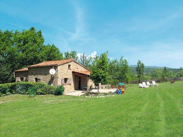 Detached house Domaine Chante L'Oiseau for 8 persons