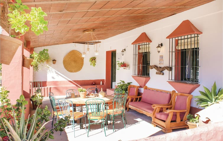 Holiday cottage with 6 bedrooms on 150 m²