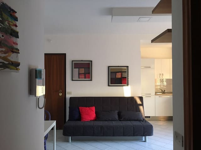 Cozy Flat in a Quiet Neighbourhood in Rome - Roma - Daire