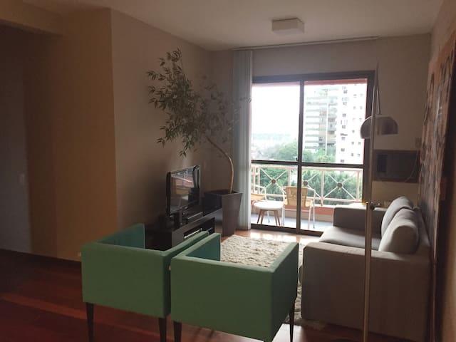Delícia de apartamento em frente ao Iguatemi! - Porto Alegre - Wohnung