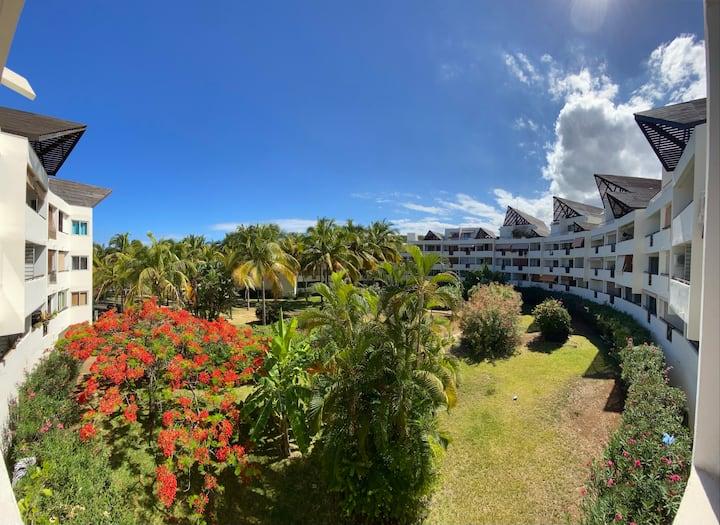 Studio calme avec balcon proche plage Boucan Canot