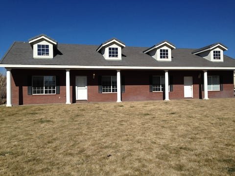 Single level house in quiet southwest neighborhood