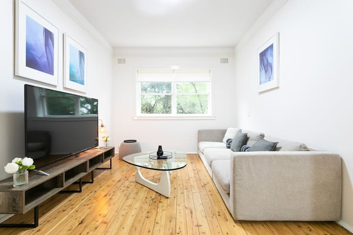BONDI BEACH BEAUTY - 2 BDR