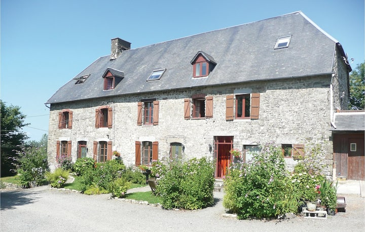 Awesome home in Maupertuis with WiFi, 3 Bedrooms and Outdoor swimming pool