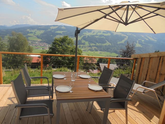 Urige Ferien auf dem Berg, Studio im Kuhstall 2-4P