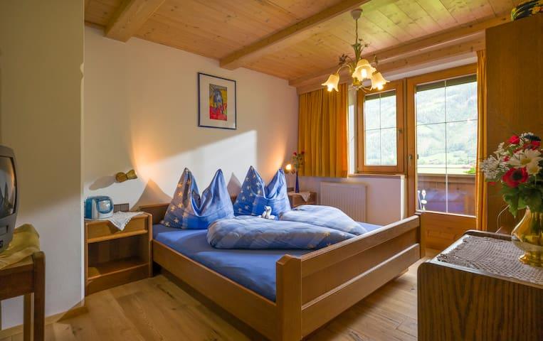 Ferienwohnung Reinhilde Hauser - Aschau im Zillertal - Apartemen