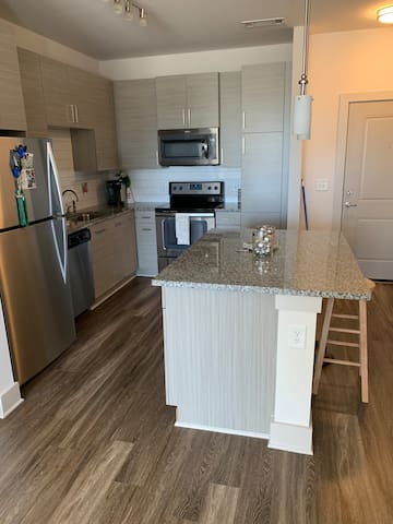 Cozy, Large 1 Bedroom Apartment