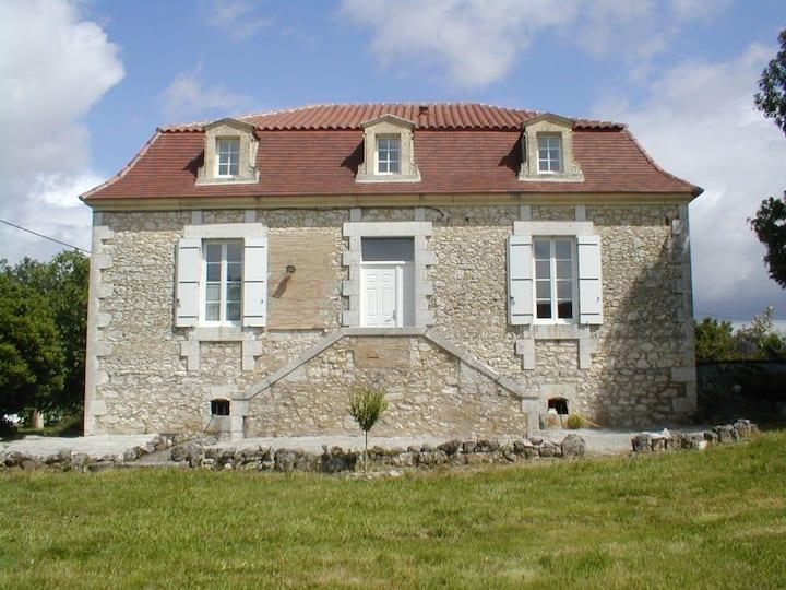 Maison de Maître au cœur des Bastides de Dordogne