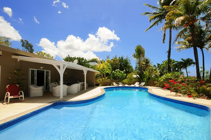 Villa Philibert,pool,on beach, away from tourism
