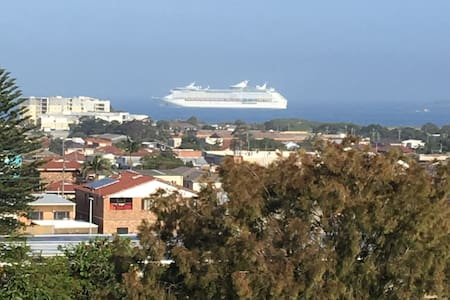 Wollongong - 1 or 2 Bedrooms