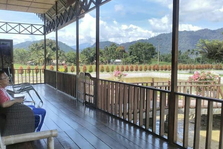 Great View Homestay, Hot Shower, Aircond