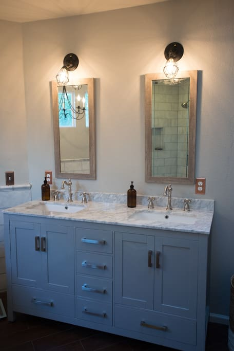 Master Vanity with Carrara marble top
