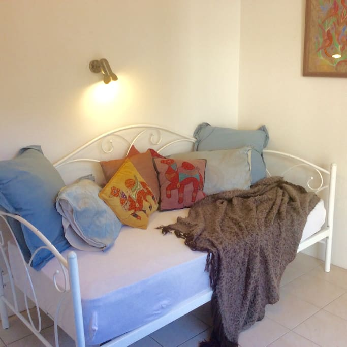 Adjacent room for extra person single day bed available
