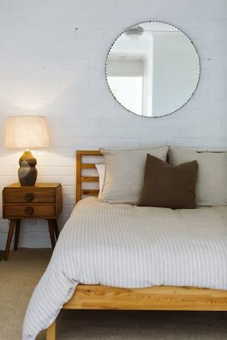 Bedroom 2: downstairs, queen bed, ensuite