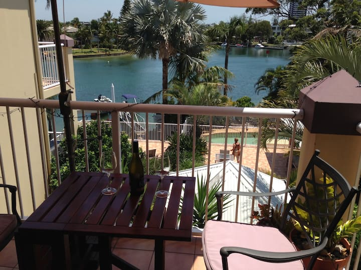 Gold Coast Private Holiday Apartment