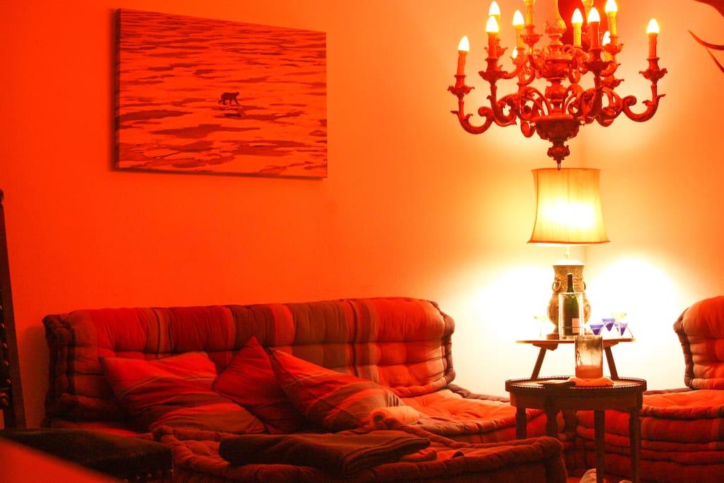 riesige gem tliche wohnung in zentrum und seen he. Black Bedroom Furniture Sets. Home Design Ideas