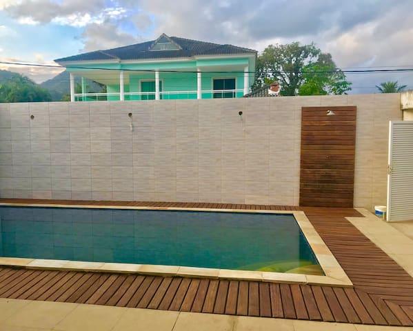 Casa no Recreio dos Bandeirantes com piscina