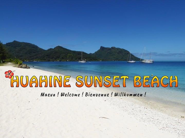 HUAHINE SUNSET BEACH